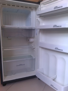 ref, refrigerator, fridge, kelvinator, white fridge, black fridge, small fridge